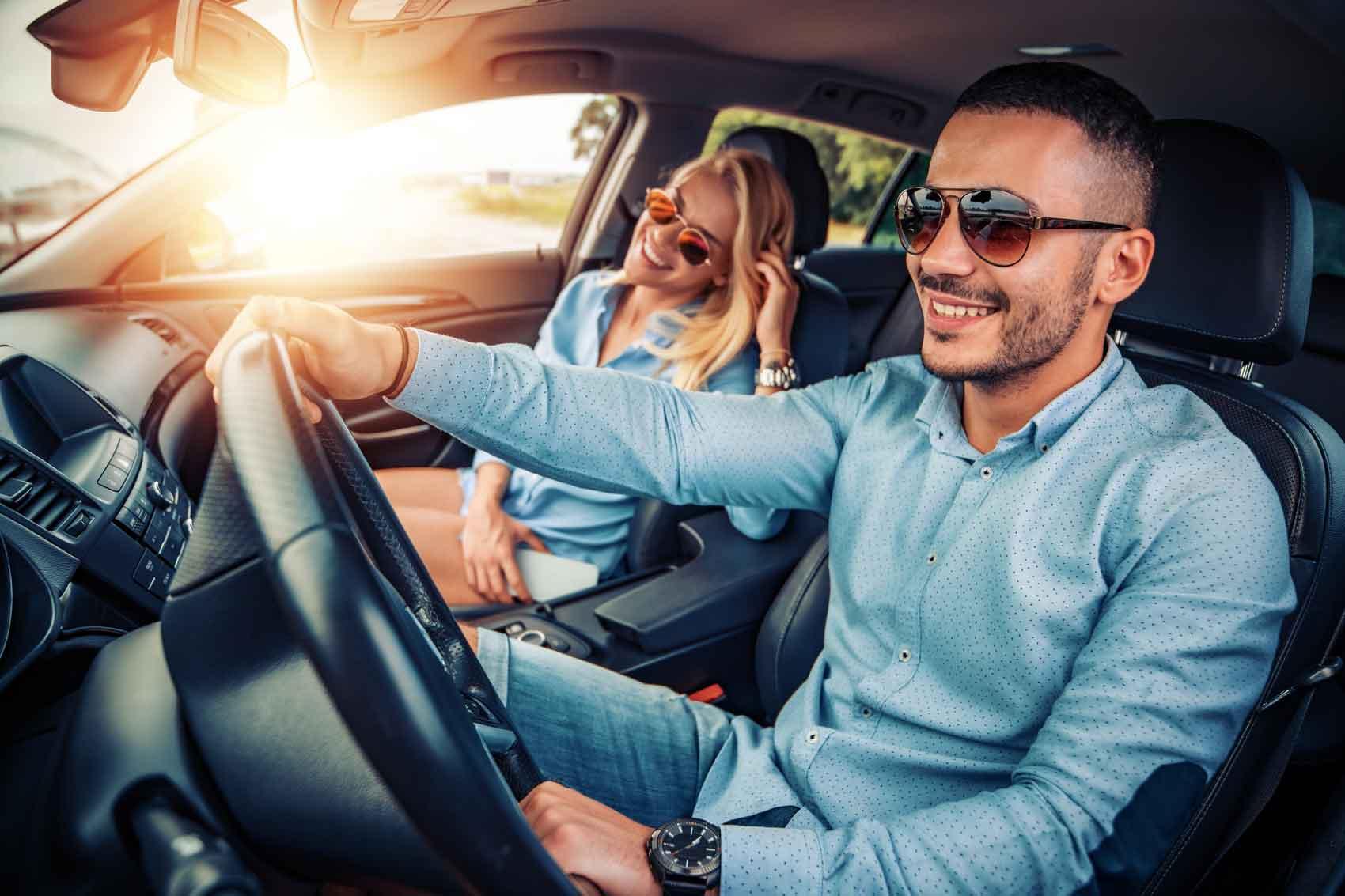Autoversicherung abschließen? Bei ViveLaCar inklusive.