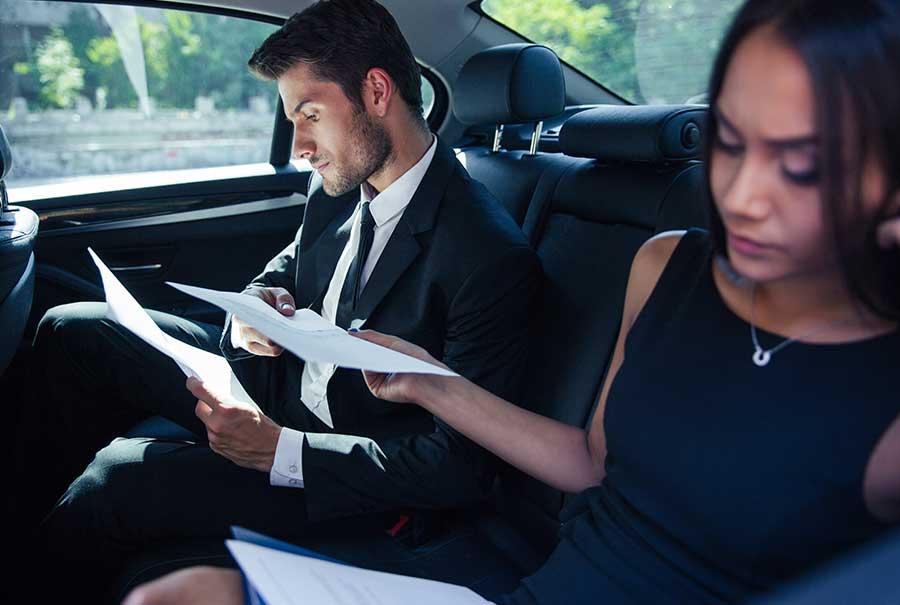 Mit Firmenwagen in den Urlaub? Alles, was du zur privaten Nutzung von Firmenautos wissen musst.